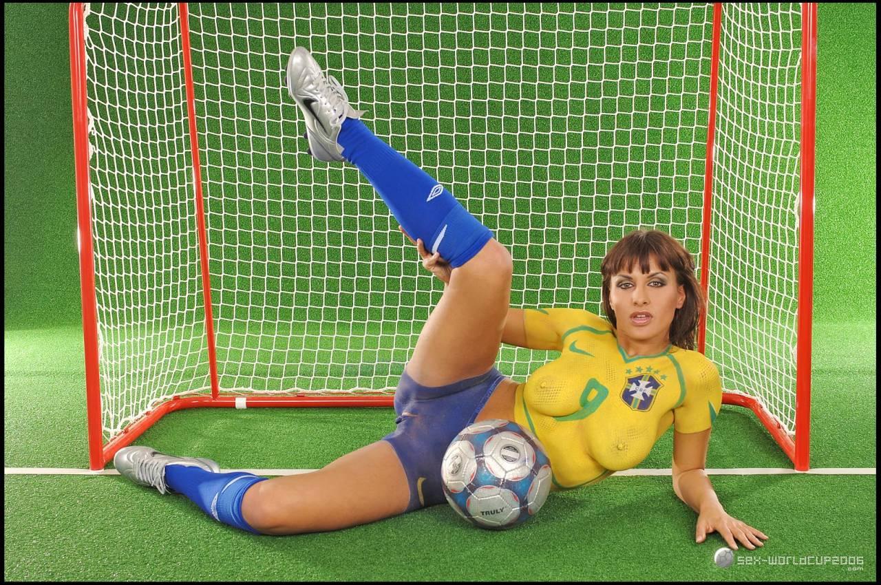 Футбольное порно из бразилии 11 фотография